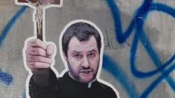 Mendicante, vù cumprà, prete: Salvini story in 7 opere in 7 mesi.