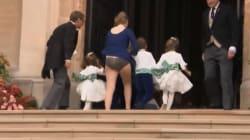 Il vento tradisce la tata: imbarazzo al royal wedding di