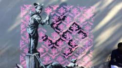 Le ultime opere di Banksy lanciano un potente messaggio sulla crisi dei