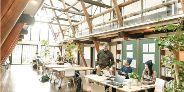 森のオフィスの内観