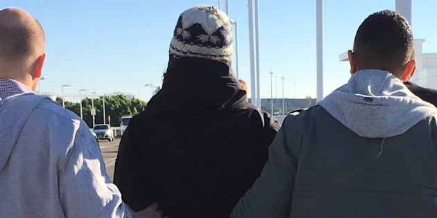 Man caught at Sydney airport 'trying to join ISIS in Syria'