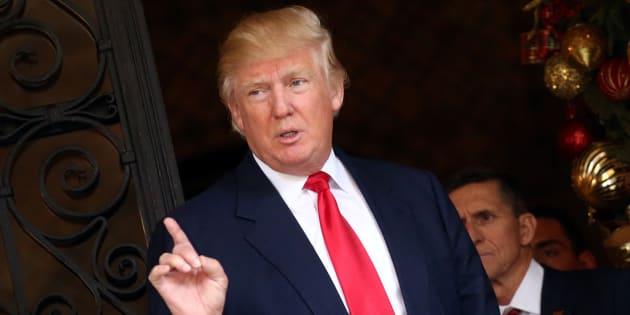 Donald Trump appelle à acheter des vêtements d'une marque américaine pour aider la propriétaire, une de ses donatrices