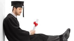 """I laureati maltrattati, i """"baroni"""" clientelari e il capitale umano che manca alle"""