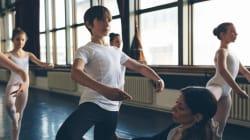 El mayor obstáculo para los chicos que hacen ballet suelen ser sus propios