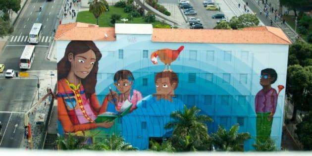 A artista Luna Buscchinelli vai inaugurar na próxima sexta-feira (16)o maior mural de grafite do mundo já realizado por uma mulher.