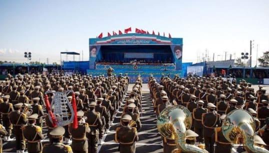 Une attaque contre un défilé militaire en Iran fait plusieurs victimes, Daech