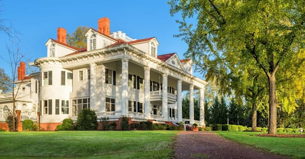 The mansion that inspired 'Gone With the Wind' is now up for sale