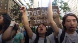 Une foule de manifestants devant la