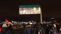 Manifestation nocturne à Rungis en amont de la grève
