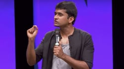 A Stand-Up Comedian Explains 'Why Tamils Don't Speak Hindi' By Tearing Apart The Popular 'Lungi Dance'