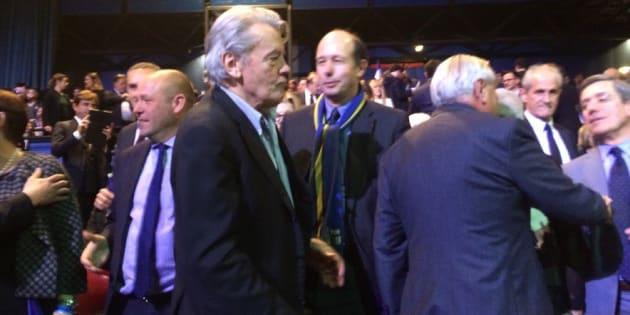 Alain Delon invité d'honneur du meeting d'Alain Juppé au Zénith de Paris