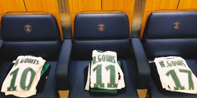 L'hommage émouvant des joueurs de Saint-Etienne à un ex-jeune du centre tué par balles.