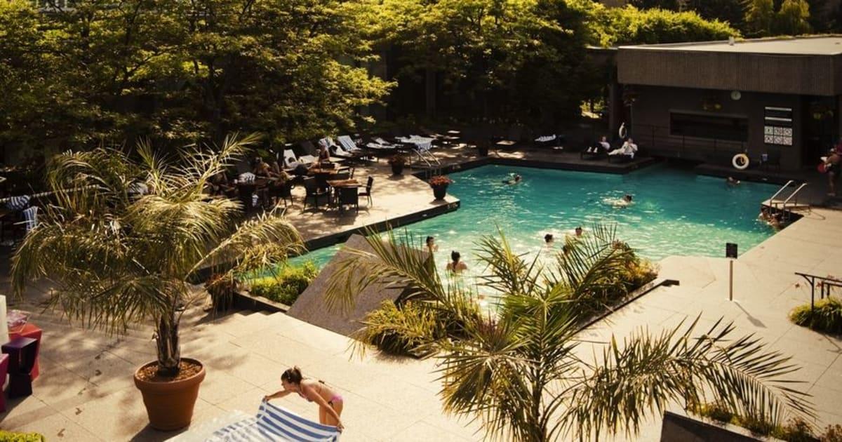 Les 12 plus belles piscines d h tels montr al for Hotel piscine montreal