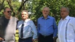 Jeremy Corbyn se suma a la comitiva de López Obrador en