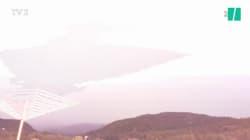 Alors qu'il filmait l'orage, la foudre frappe à quelques mètres de