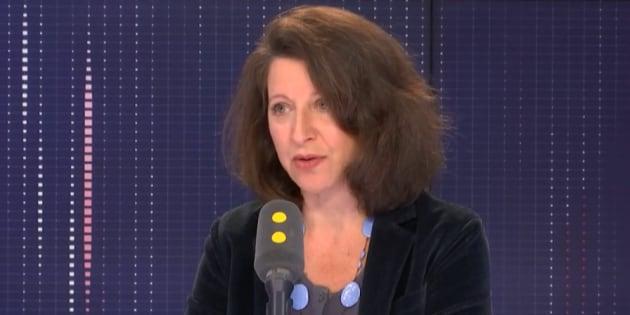 La ministre de la Santé Agnès Buzyn explique vouloir aider à la prise en charge des femmes atteintes d'endométriose.