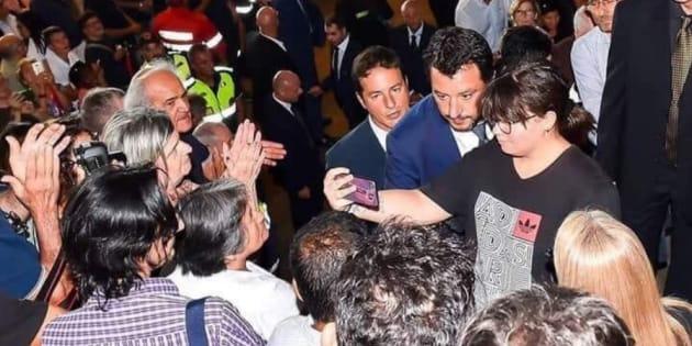 Selfie ai funerali, anche Frankie hi-nrg contro Salvini.