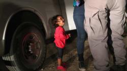 La petite fille devenue le symbole des enfants migrants aux États-Unis n'a pas été séparée de sa