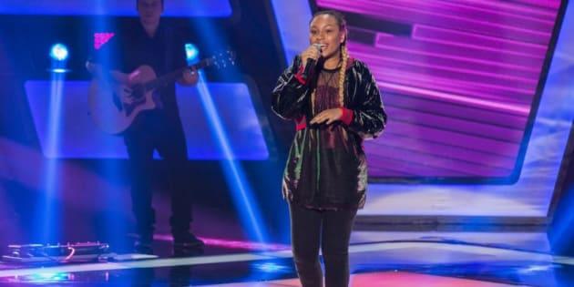 Talita Cipriano, de apenas 14 anos, deu show na apresentação ao vivo e conquistou a todos.