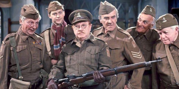 """La vieille série des années 1960 de la BBC, """"Dad's Army"""", explique tout aux Britanniques et au Brexit."""