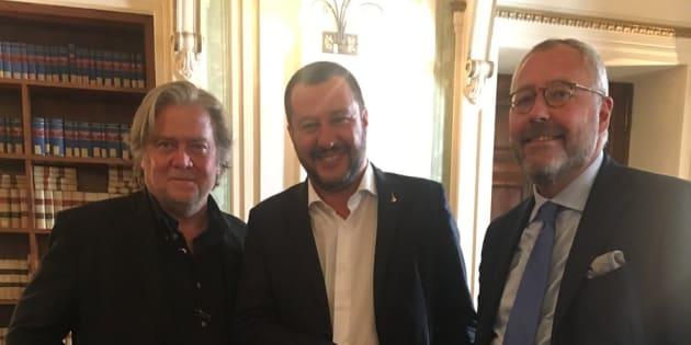Risultati immagini per Steve Bannon e Salvini immagini