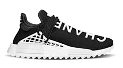 Así se han convertido las deportivas en zapatos de
