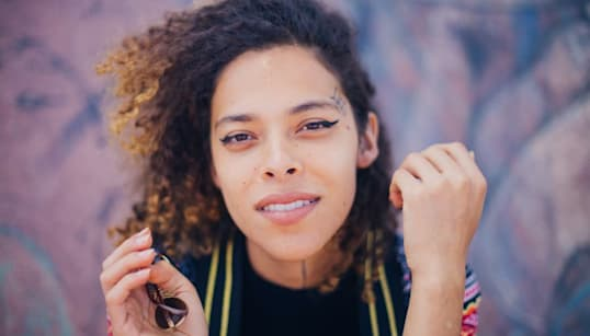 Dia 100: Rosa Luz, versos e rimas contra