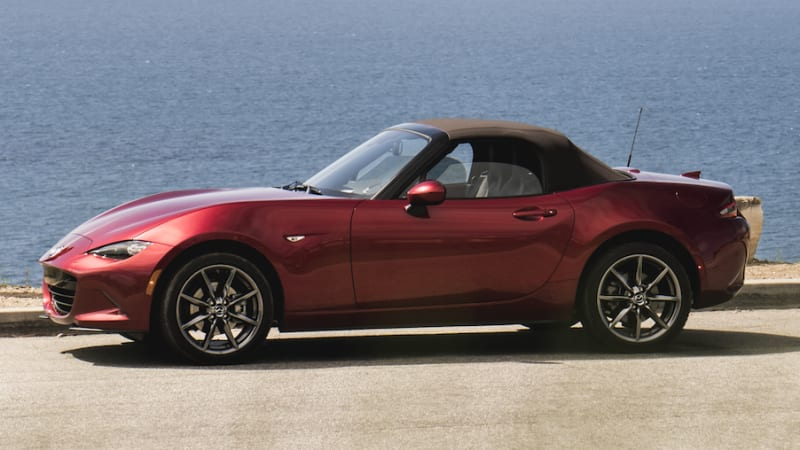 2019 mazda mx 5 miata gets power boost price drop autoblog. Black Bedroom Furniture Sets. Home Design Ideas