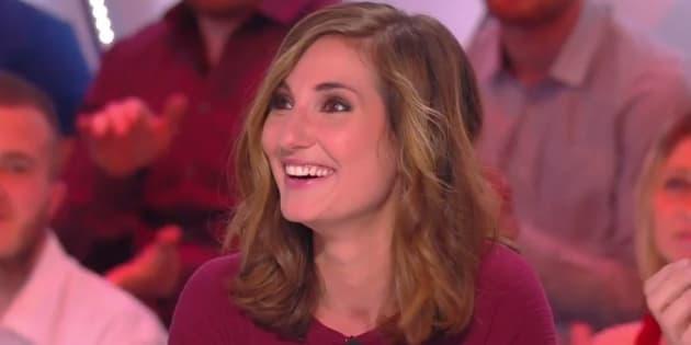 """Marie Portolano dans """"Il en pense quoi Camille"""" sur C8 lundi 3 avril 2017"""