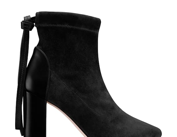 10 black boots for fall that are anything but basic