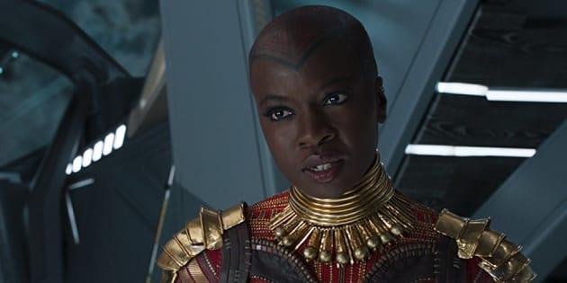 Oublié par Marvel sur son affiche, le nom de l'actrice Danai Gurira a finalement rejoint les autres Avengers sur l'affiche.