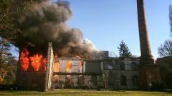 Les images de l'incendie des locaux du