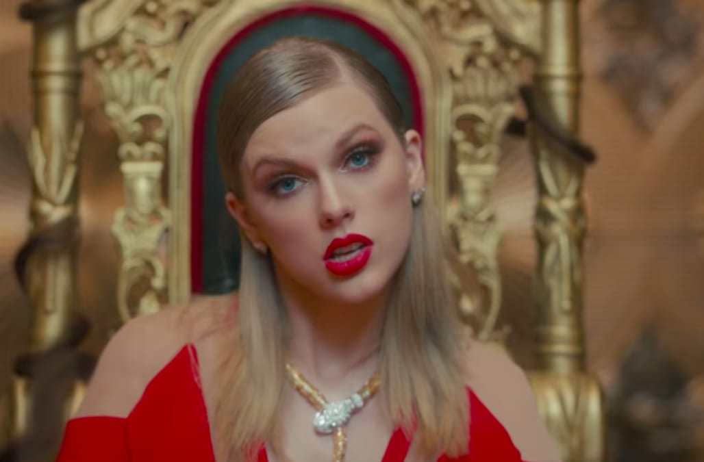 ed1ff8e8bbe8 Taylor Swift s  Look What You Made Me Do  leaps to No. 1 on Hot 100 with  top streaming   sales week of 2017