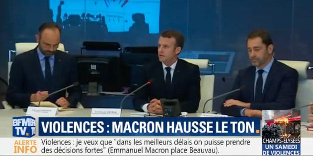 Emmanuel Macron s'est rendu à la cellule de crise du ministère de l'intérieur après l'acte 18 des gilets jaunes.