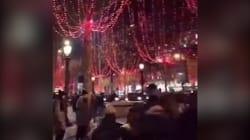 Les Champs-Élysées en rouge pour les illuminations de