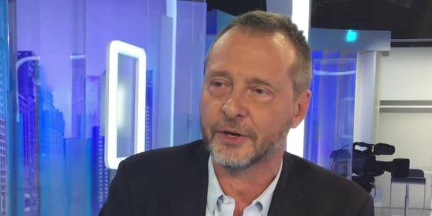 """Un journaliste de """"Marianne"""" recruté """"discrètement"""" pour devenir """"plume"""" de Fillon"""