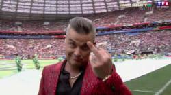 Robbie Williams a envoyé un doigt d'honneur à des millions de