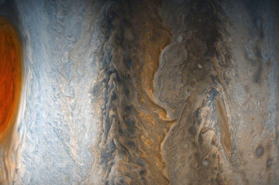 NASA/JPL-Caltech/SwRI/MSSS/Gerald Eichstadt /Sean Doran