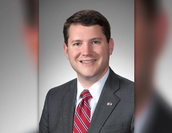 Lawmaker quits after 'inappropriate' acts with man