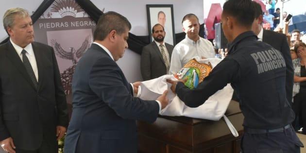 Miguel Riquelme, gobernador de Coahuila, rindió honores al exalcalde y candidato a una diputación por Piedras Negras, asesinado el 8 de junio.