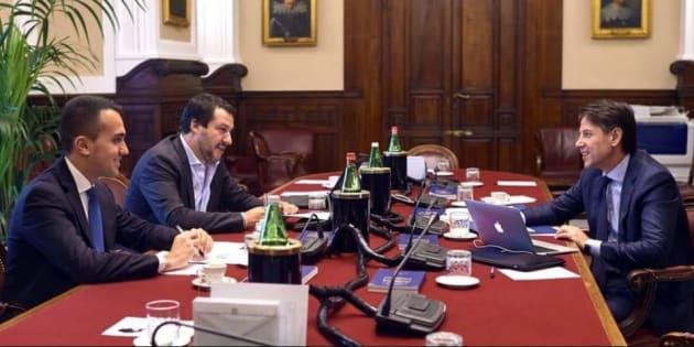 Radiocor: Legge Bilancio: Lezzi, se salta reddito cittadinanza problema Governo, non Tria