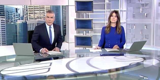 David Cantero e Isabel Jiménez, presentadores de 'Informativos Telecinco'.