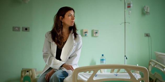 Para a Medicina, um assunto proibido. Para a dra. Ana Claudia Arantes, a morte de pacientes é a premissa para falar de vida.