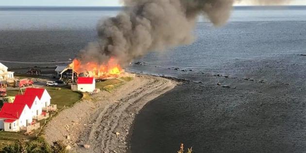 Un théâtre gaspésien ravagé par les flammes