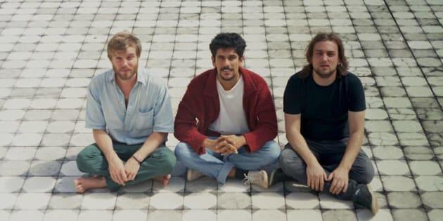 A banda Apanhador Só suspendeu suas atividades após relato de abuso da ex-esposa de um de seus integrantes.