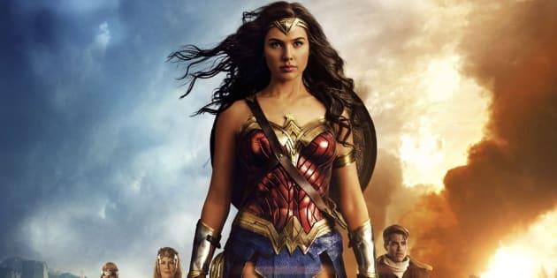 """James Cameron dit que Wonder Woman est un """"pas en arrière""""."""