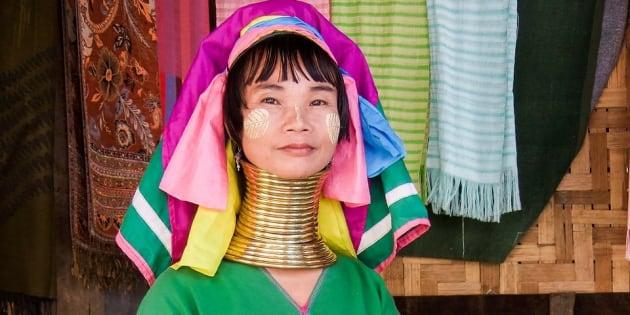 Una mujer de etnia kayan.