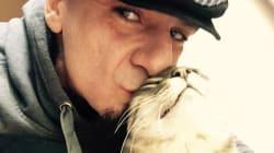 Lo straziante addio di J-Ax al suo gatto: