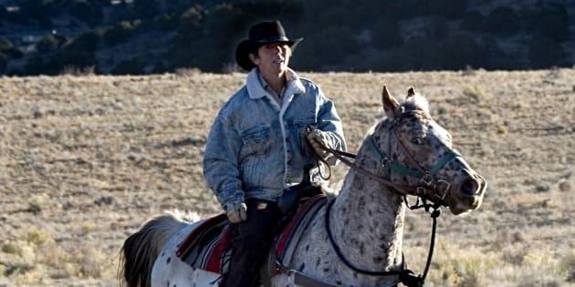Phyllis et Spike, une jument arabe, dans un ranch au sud du Colorado en 2005.