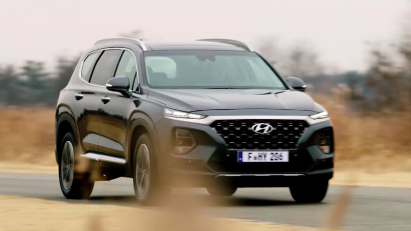 2019 Hyundai Santa Fe shows off in four video teasers